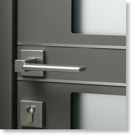 porte_entree_monobloc_72mm_kline_aluminium_esthetique